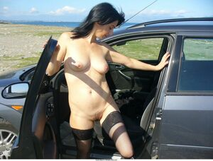 wife nude in car