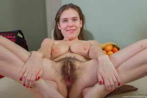 hairy russian pussy