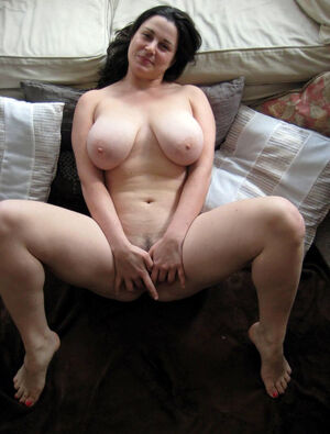 really sexy naked girls with big ass and big tits oiled