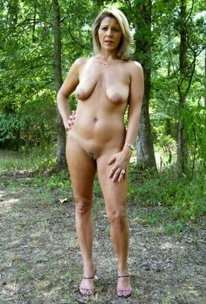 nude women swingers