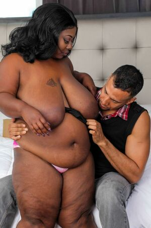 ebony mature webcam