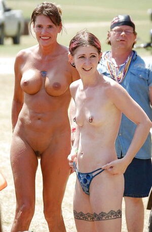 nudist mothers and daughters